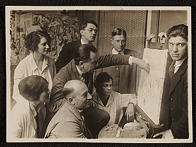 Vaclav Vytlacil and classmates being instructed by Hans Hofmann