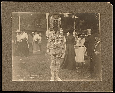 [John White Alexander dressed as a mummy at the Autumn Fair, Onterora, N.Y.]