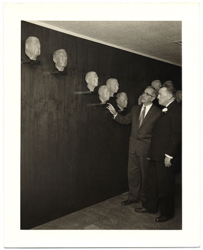 [Edmond Amateis at the Polio Wall of Fame]