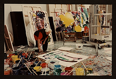 [Sam Francis working in his studio]