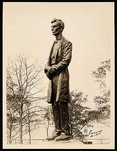 [Lincoln sculpture by George Grey Barnard]