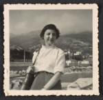 Photograph of Miriam Beerman in Menton, France