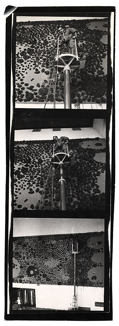 [Yves Klein working on a mural in Germany]