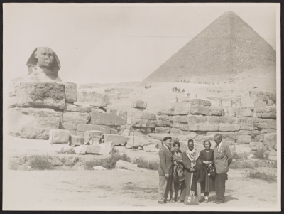 Peter and Ebie Blume in Giza with Nancy and Ned Holsten