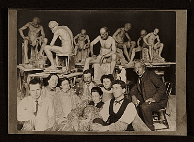 Solon Borglum and fellow students at the Art Academy of Cincinnati
