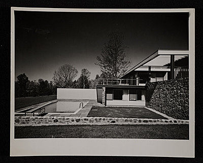 Gagarin House I, Conn., designed by Marcel Breuer.  Partial south view