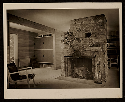 Chaimberlain Cottage, Wayland, Mass., designed by Marcel Breuer. Interior view
