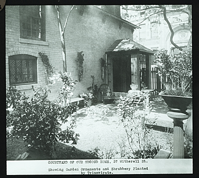 Courtyard of the Detroit Society of Arts and Crafts, 37 Witherell Street, Detroit