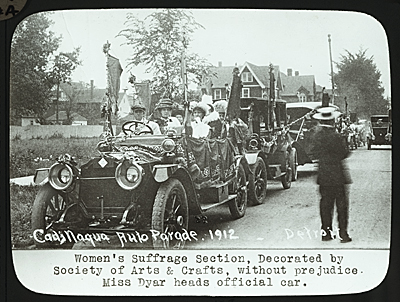 Suffragists in the Cadillaqua auto parade, Detroit