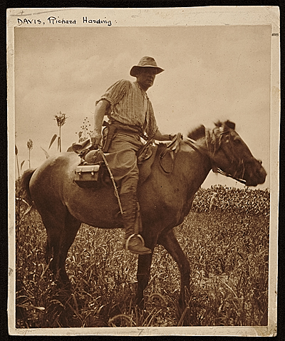 Richard Harding Davis on horseback