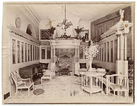 [Interior of house of Lawrence Alma-Tadema]
