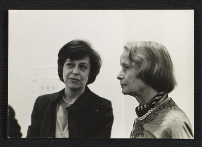 Betty Parsons with an unidentified woman