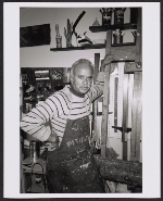 Eldzier Cortor in his studio