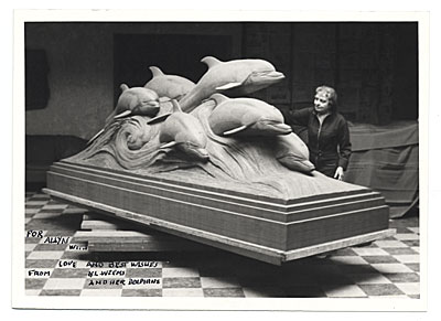 Katharine Lane Weems and her sculpture Dolphins of the sea