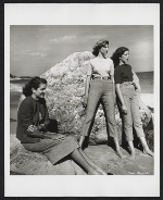Lily Cushing with her daughters Alexandra and Lily at the beach