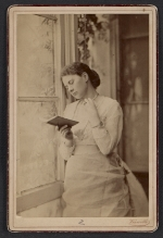 Maria Oakey Dewing reading