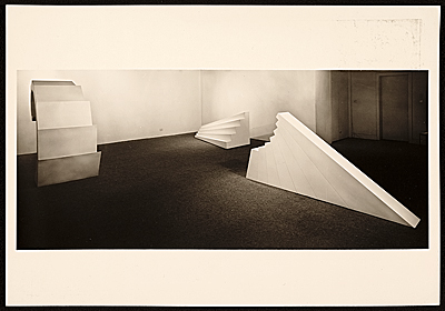 Installation view of Robert Smithsons 10 exhibition