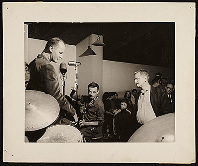 Lawrence Ferlinghetti, Bruce Lippincott, and Kenneth Rexroth performing at the Cellar