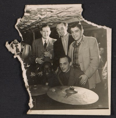 Bill Davison, Rudi Blesh, Bob Author(?), Baby Dodds and Jimmy Ernst at a Jazz club