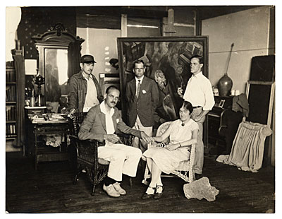 Group in Dicks Pearl Street Studio