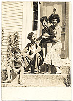 [Kimon Nicolaides with Ann, Gifford, and Philip in New Hampshire ]