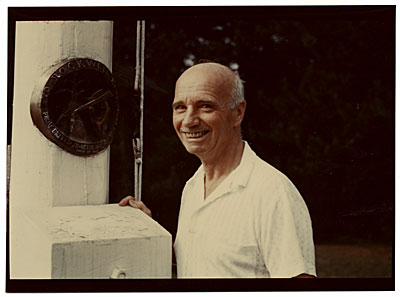 Rockwell Kent with bronze award