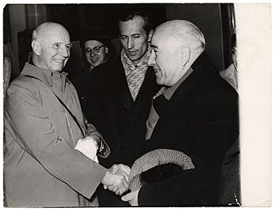 [Rockwell Kent meeting A. Deineka in Moscow]