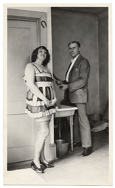 Walt Kuhn with a model