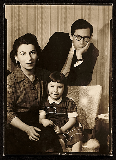 [Ruth Gikow with Susanna and Jack Levine]
