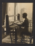 Dorothy Liebes weaving in her apartment