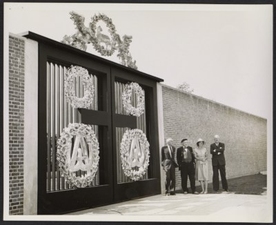 [Dedication of Monumental Gates, New Harmony, Indiana]