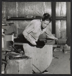 [A Madison Glass Workshop student blocking a piece of glass. ]