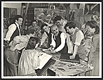 [Peppino Mangravite teaching a mural painting class at the Art Institute of Chicago]
