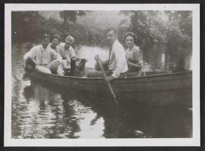 [Alfred H. Maurer and others in a canoe]
