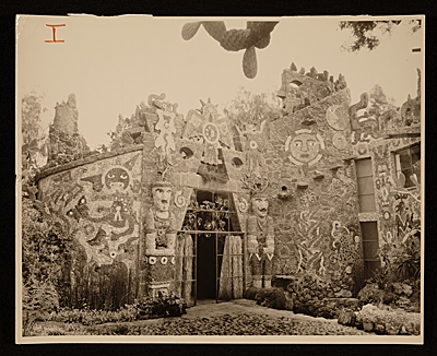[Juan O'Gorman house.  View of garden entrance]