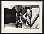 [Kenneth Noland in his studio]
