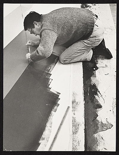 Kenneth Noland painting on the floor
