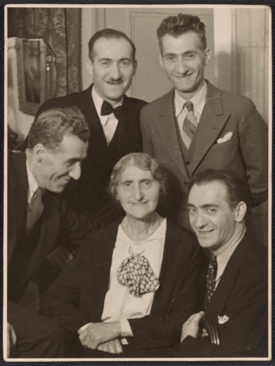 Nickolas Muray with his family