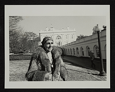 Louise Nevelson in front of the White House
