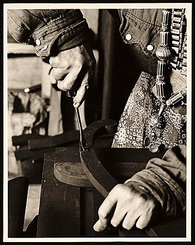 Louise Nevelsons hands at work
