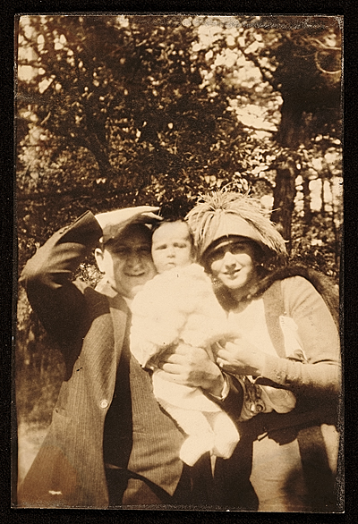 Charles and Louise Nevelson with their son Myron