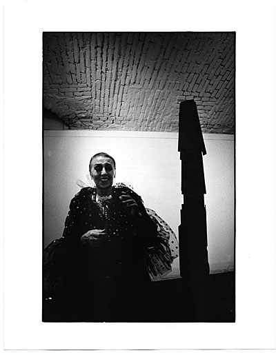 Louise Nevelson at an exhibition opening in Milan
