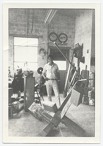 [Kenneth Noland in David Smith's studio]