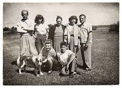 Jackson Pollock and Lee Krasner with Krasner's family