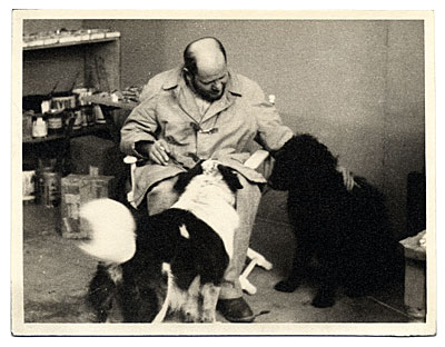 Jackson Pollock with his dogs