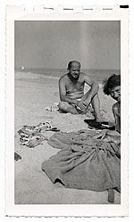Jackson Pollock and Lee Krasner at the beach