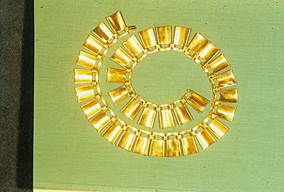 Gold necklace designed by Adda Husted-Andersen