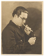Enrique Riverón smoking