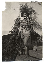 Esther Rolick in Capri