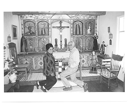 Eulogio and Zoraida Ortega at altar
